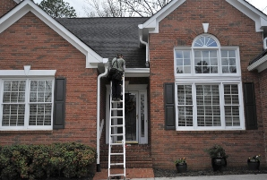 Gutter installation in Webster